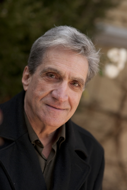 """robert pinsky essay on psychiatrists James reith looks back at robert pinsky's """"mindwheel"""" and the brief  coolly  rational style of """"essay on psychiatrists"""" and """"an explanation of."""