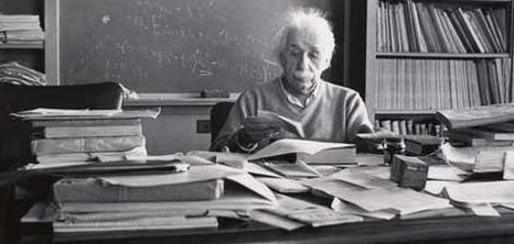 einstein-desk-1