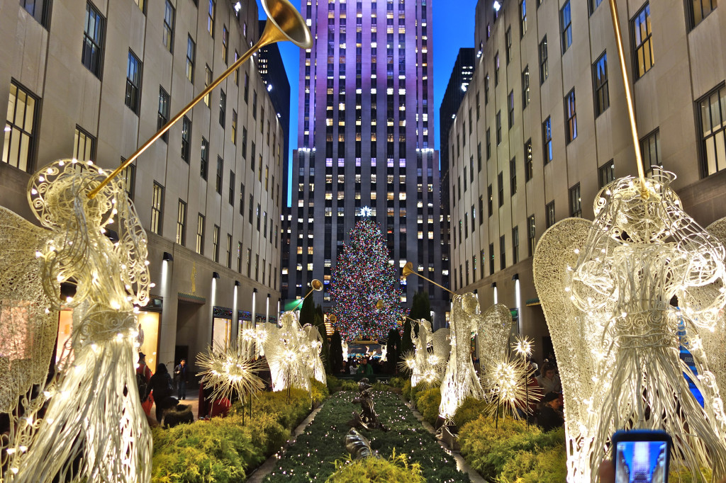 Herald angels at RockefellerCenter 12/2014