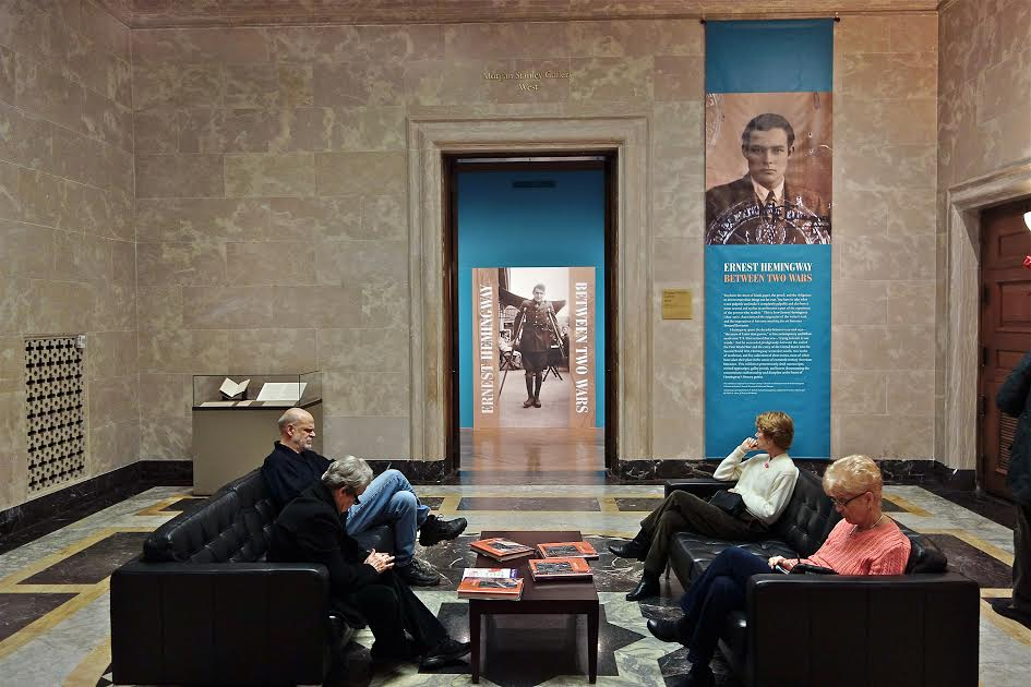 Ernest Hemingway: Between Two wars. Entrance to the exhibit. Morgan Library & Museum. Jan/ 2016