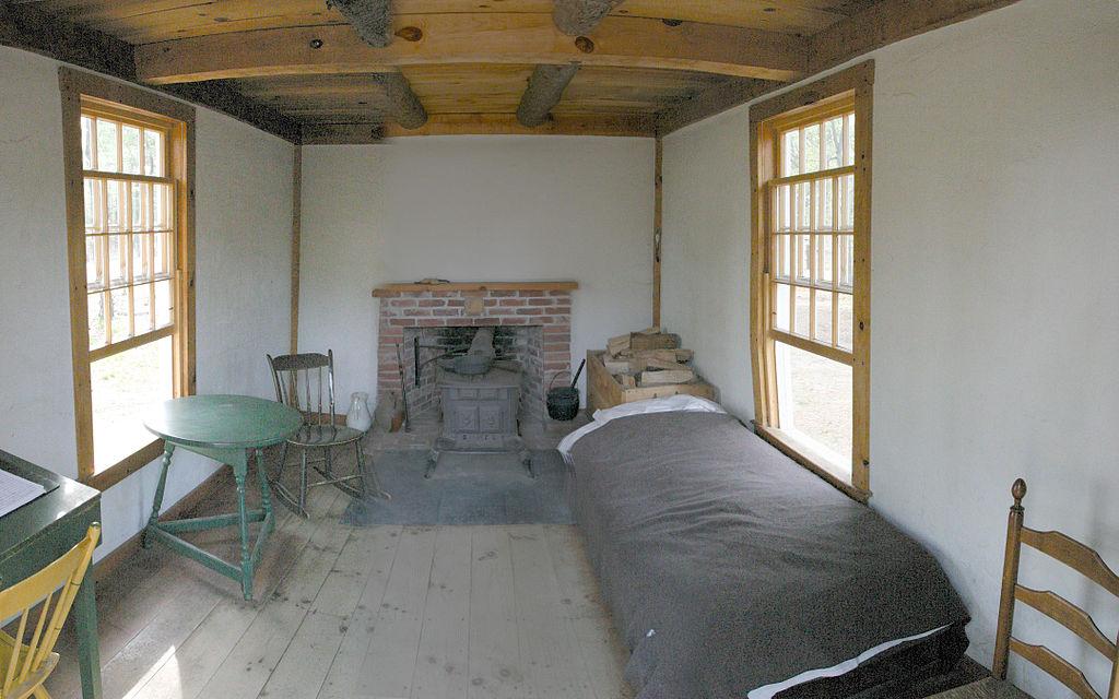 Thoreau's_cabin_inside