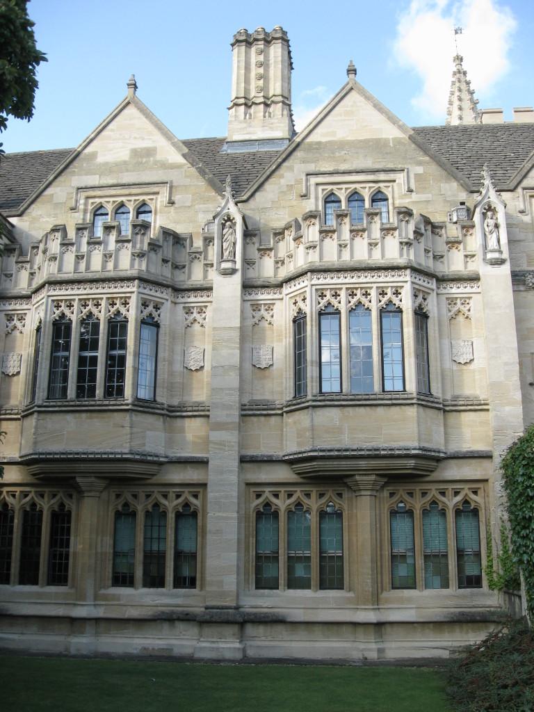 Oxford 022
